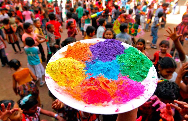 краски праздник Холи