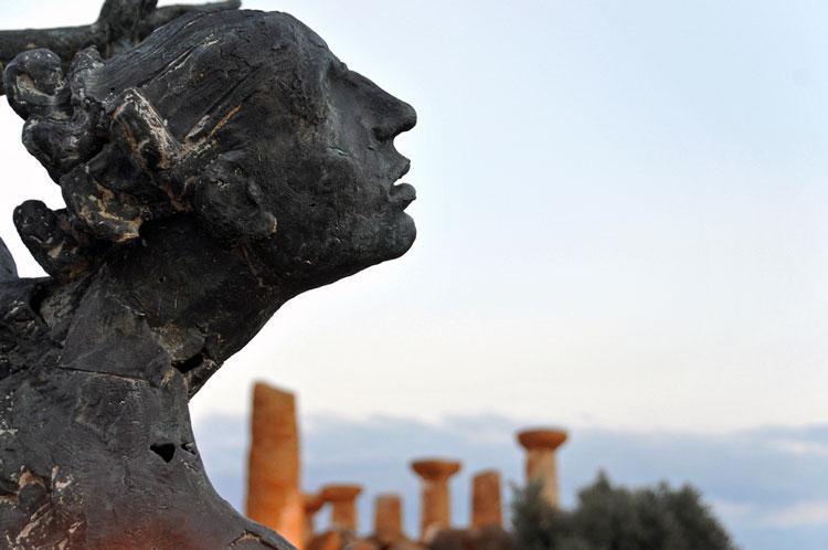 храм скульптура