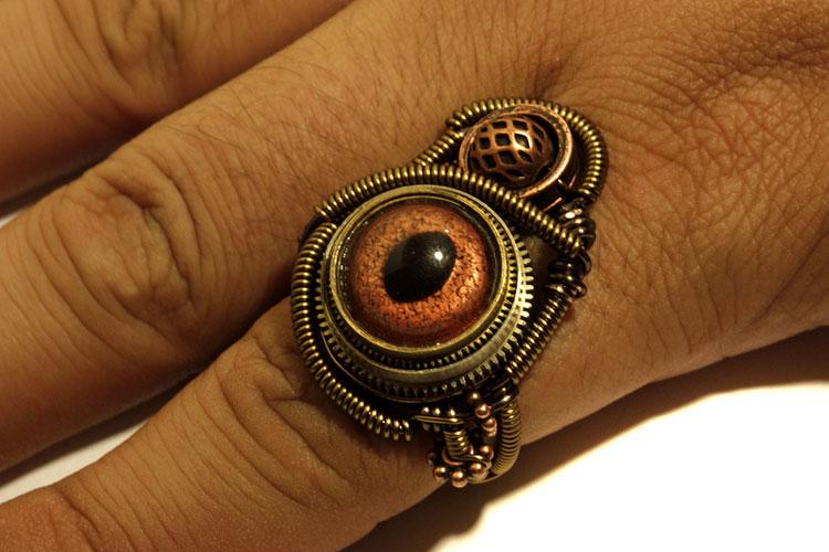 камень глаз