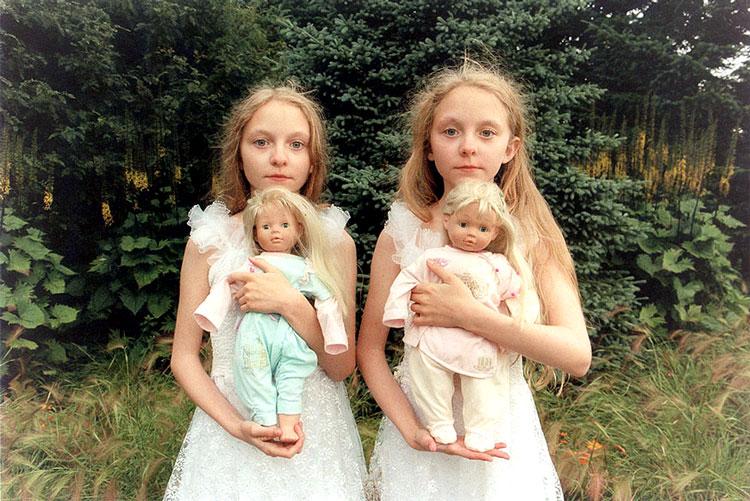 близняшки двойняшки