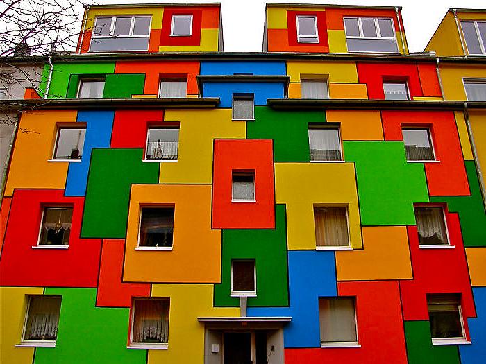 цветные дома фото