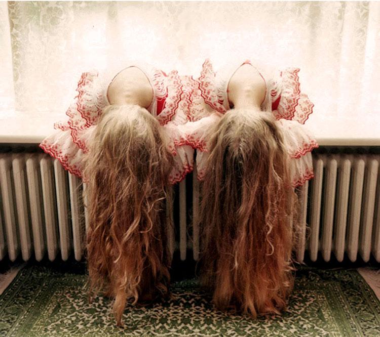 дочки близняшки
