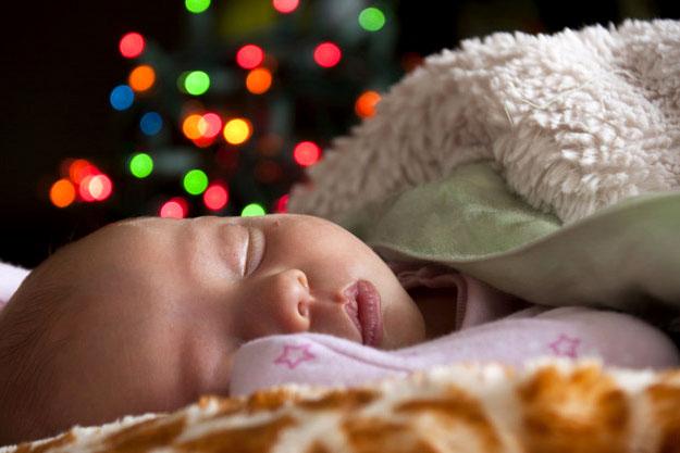 новый год младенец