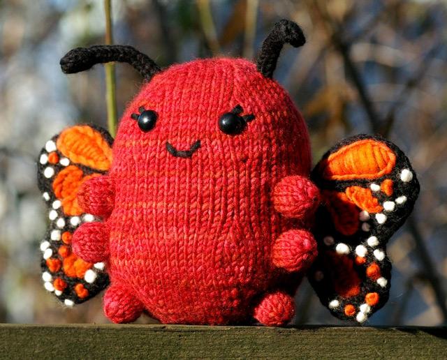 Бабочки вязанные фото