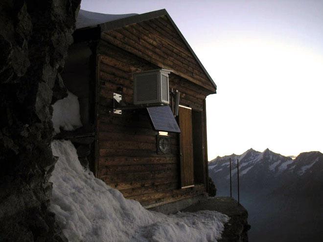 высокая гора в альпах