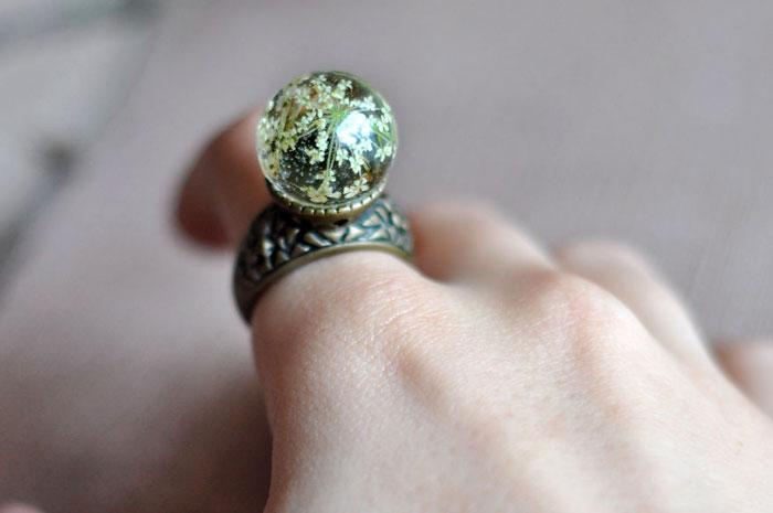 кольцо на пальчике картинки