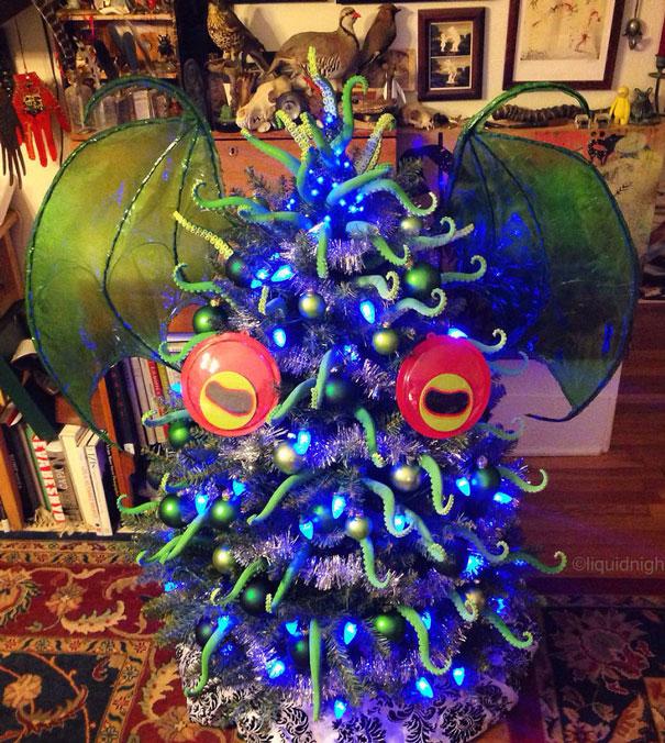 новогоднее украшение деревьев