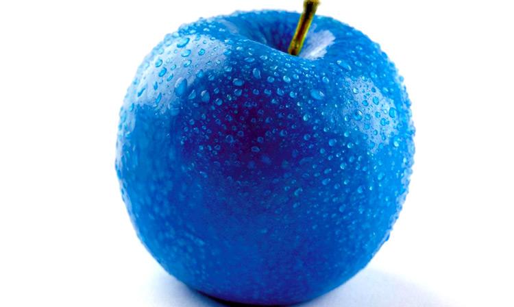 синее яблоко