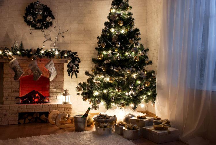 украшенные новогодние ёлки фото