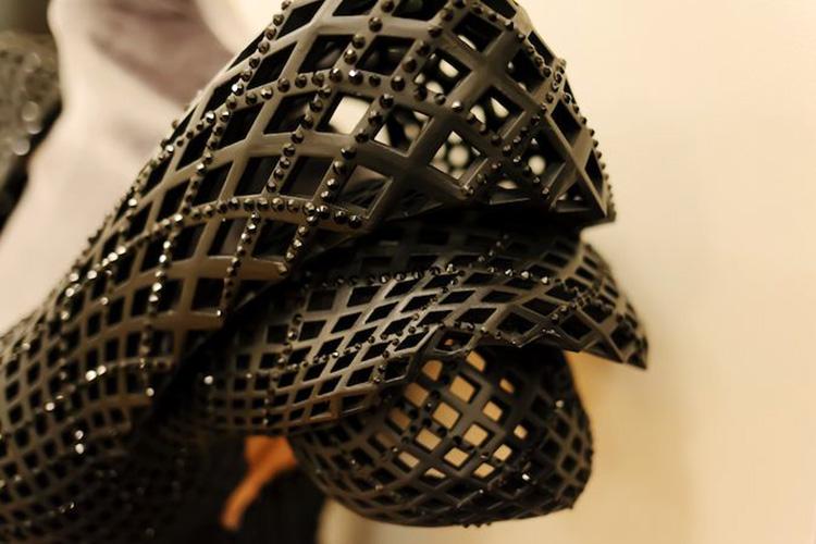 платья черного цвета фото