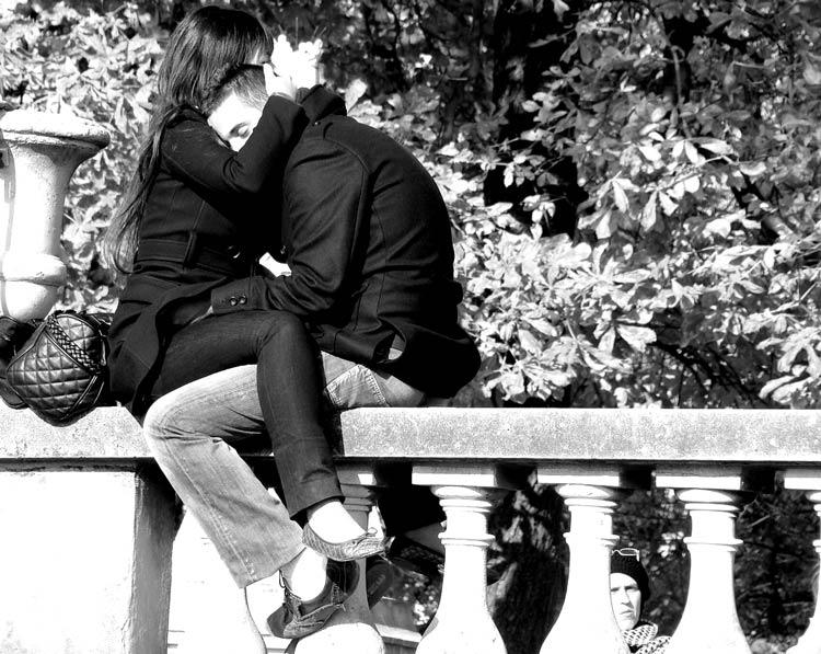 картинки двое влюблённых