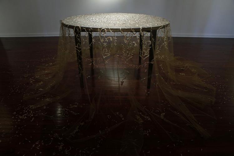 красивая скатерть на стол фото