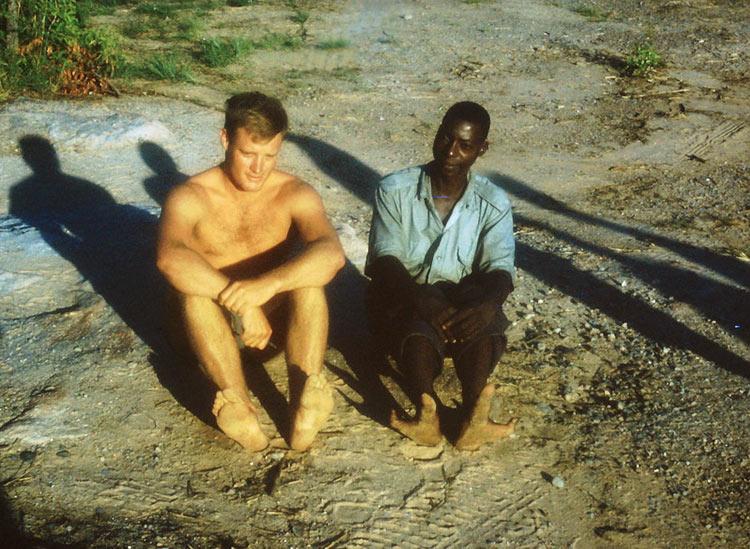африканское племя с двумя пальцами на ногах