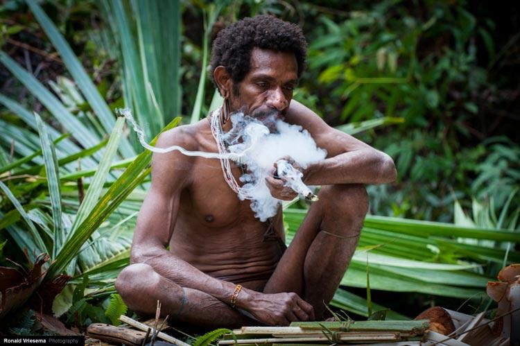 жизнь и быт племен папуа