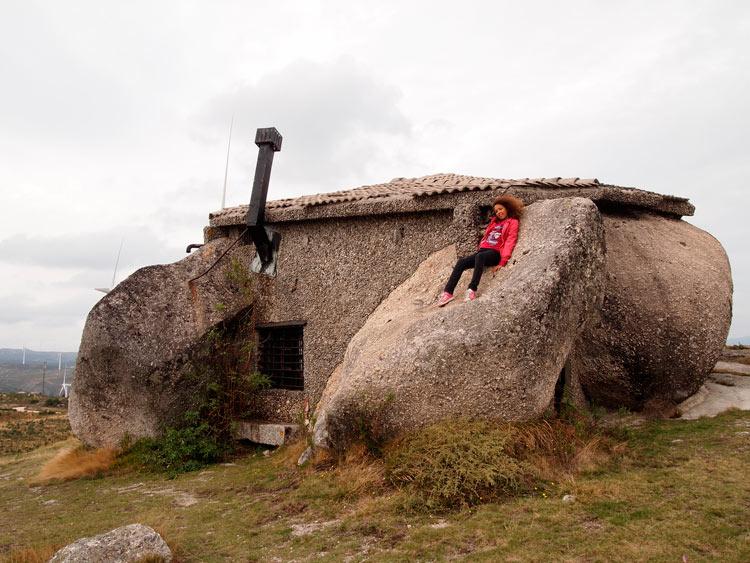 каменный дом фафе португалия