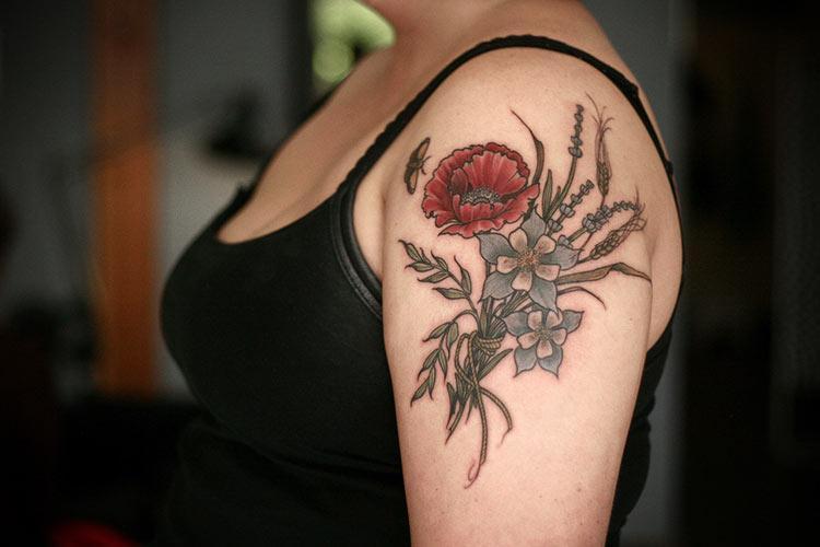 татуировки цветы фото