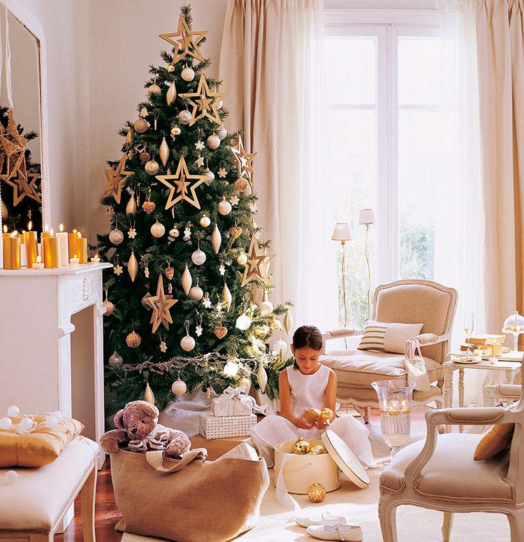 стильно украшенные новогодние елки фото