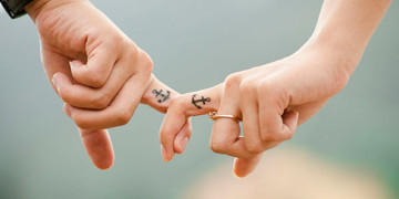 фото влюбленных пар держащихся за руки