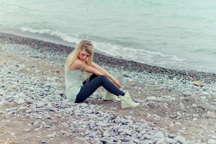 девушка весна море фото