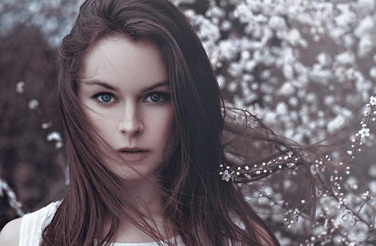 фото девушка весна брюнетки