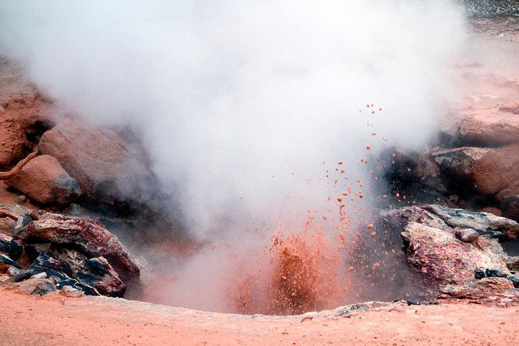 самый большой вулкан в мире в америке
