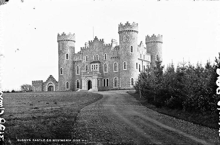 Делвинский замок