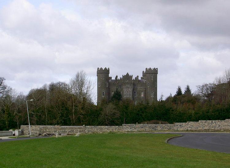 замок клонин ирландия