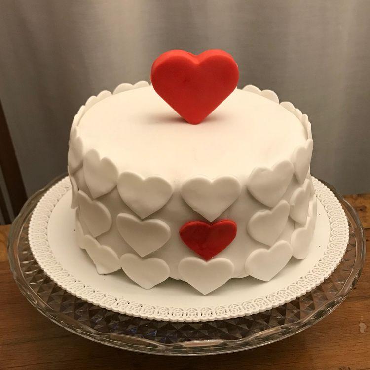 торт на день святого Валентина фото