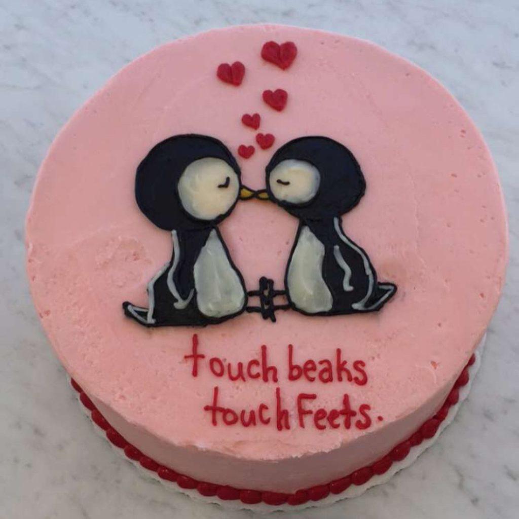торт на день святого Валентина с надписями фото