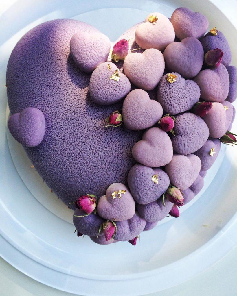 необычный торт на день святого Валентина фото