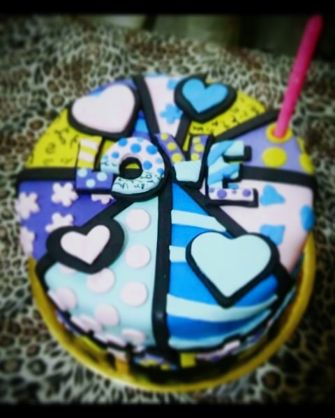 крутой торт на день святого Валентина фото