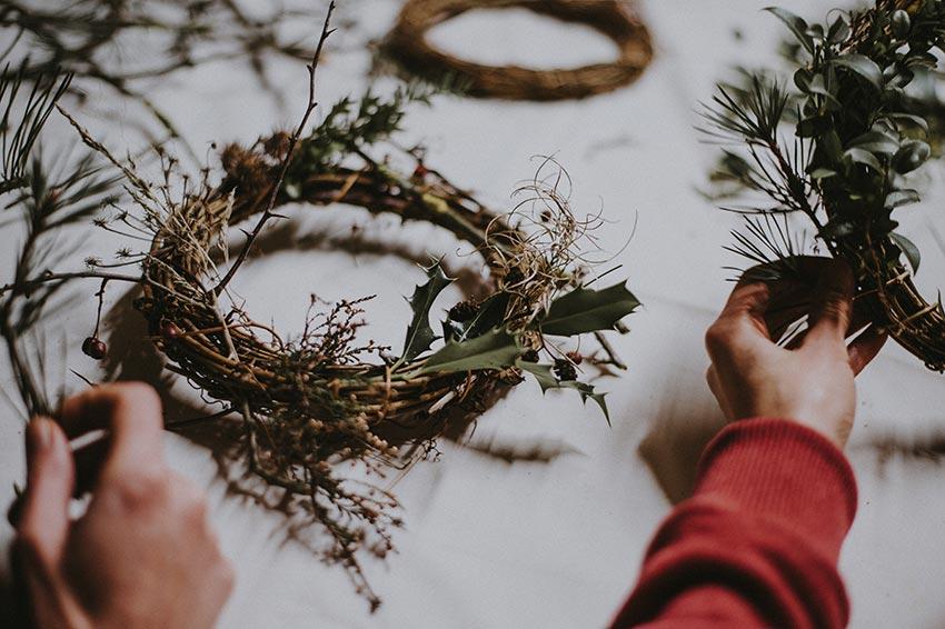 рождественские венки история фото видео своими руками 2