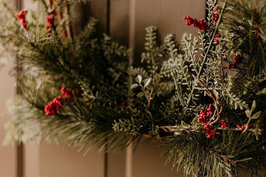 Рождественские венки история фото 19