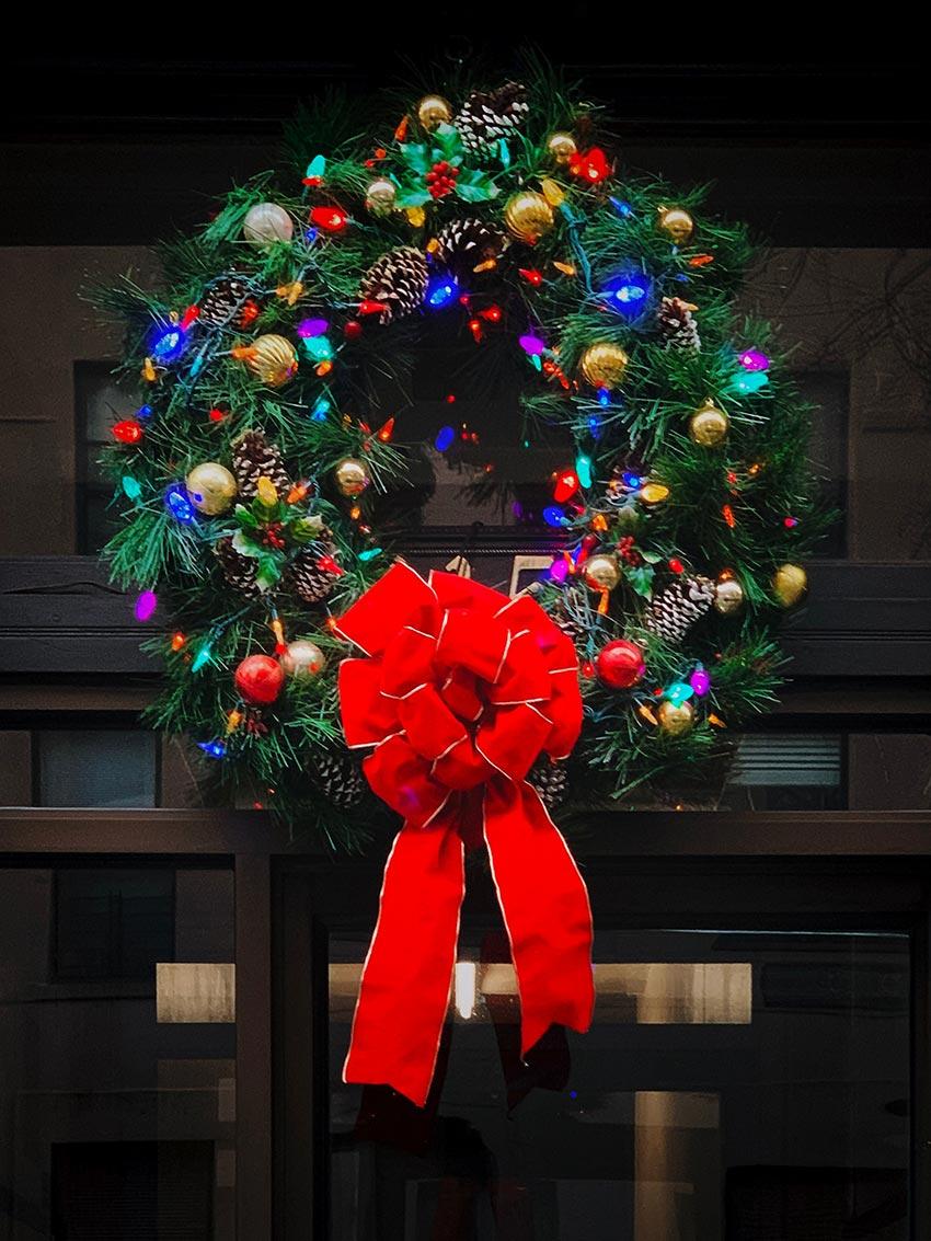 Рождественские венки красивые фото 21