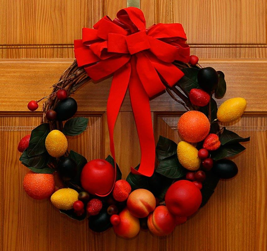 Рождественские венки из фруктов 38